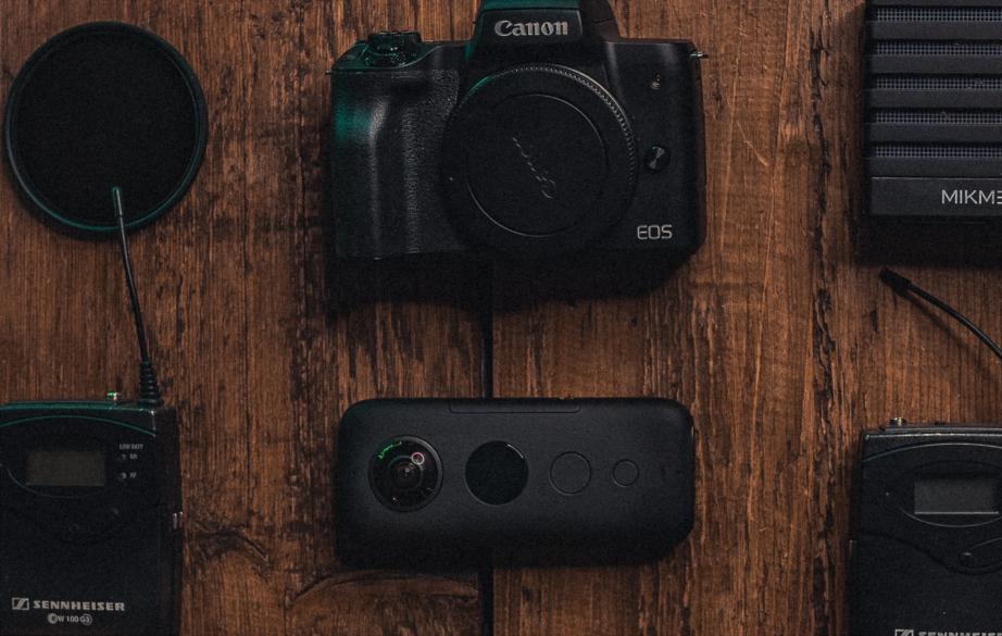 Lähetä kuva 4 valokuvauslaitetta jotka sinun tulisi lisätä ostoslistaasi Itselaukaisu - 4 valokuvauslaitetta, jotka sinun tulisi lisätä ostoslistaasi